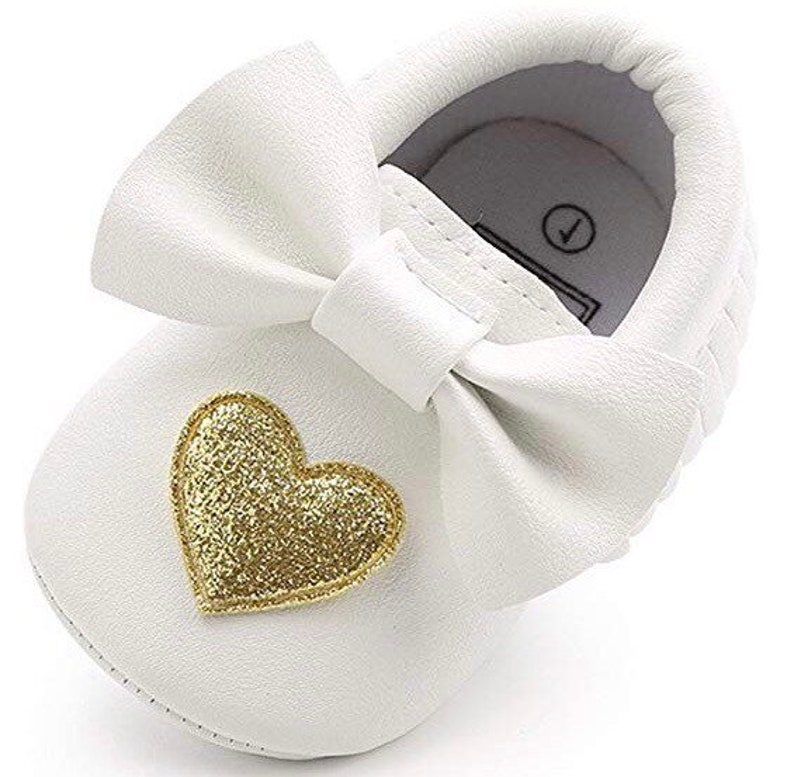 33337b168d7d5 Soft Sole Baby Moccasins - Fringe Premium Fringe Bow Leather Girl Shoes for  Infant Toddlers-White with Gold heart-Valentines Heart