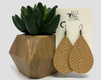 "10 Faux Leather Teardrop Charms BROWN TAN BEIGE 2-3//4/"" chs5727 Vegan Leather"