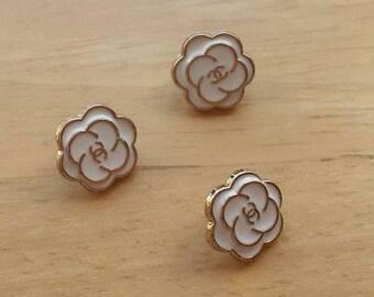Camelia CC Designer small buttons