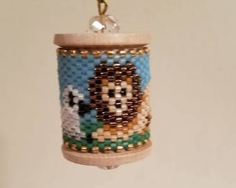 Lion and the Lamb Beaded Spool
