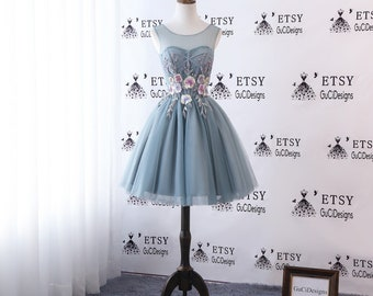 1e4a4c35388 2018 Graduation Homecoming Dress Mint Green Prom Dress Short Knee Length  Dress Illusion Sheer Tulle Neckline Cocktail Party Dresses Flowers
