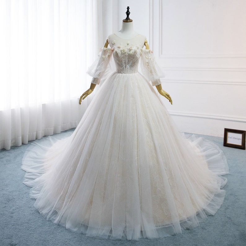 c46b26ddf GuCiDesigns Charming Wedding Dress 2019 Wedding Gowns with   Etsy