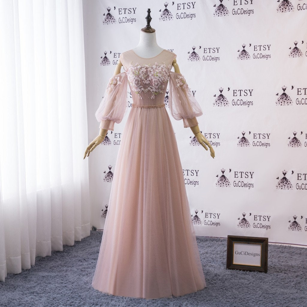 2019 Bridal Gown Beach Wedding Dresses Off Shoulder Gown Bohemian Vintage Lace Prom Dress Long Puffy Balloon Sleeve Pink White Evening Dress