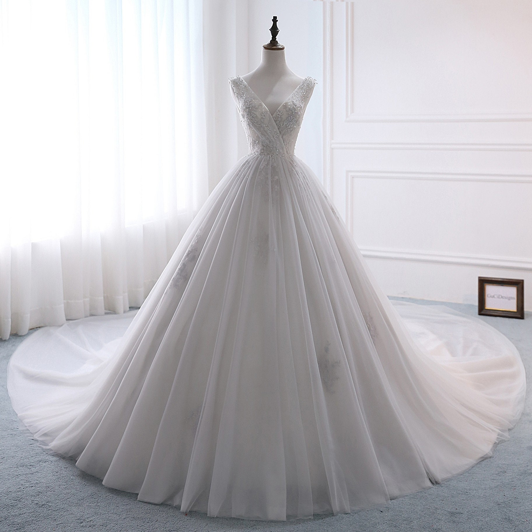 b5abc2f85bf GuCiDesigns A-line Luxury Wedding Dresses Sexy V-neck White