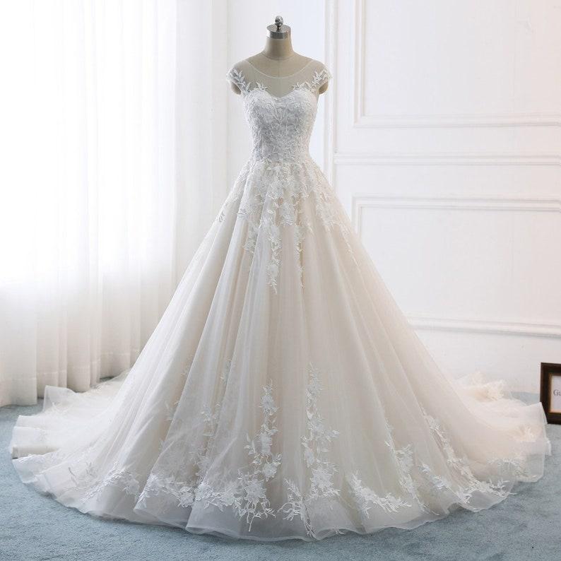eb894f6a4a55 2018 Romantic A-line Royal Wedding Dresses White Bridal Gown | Etsy