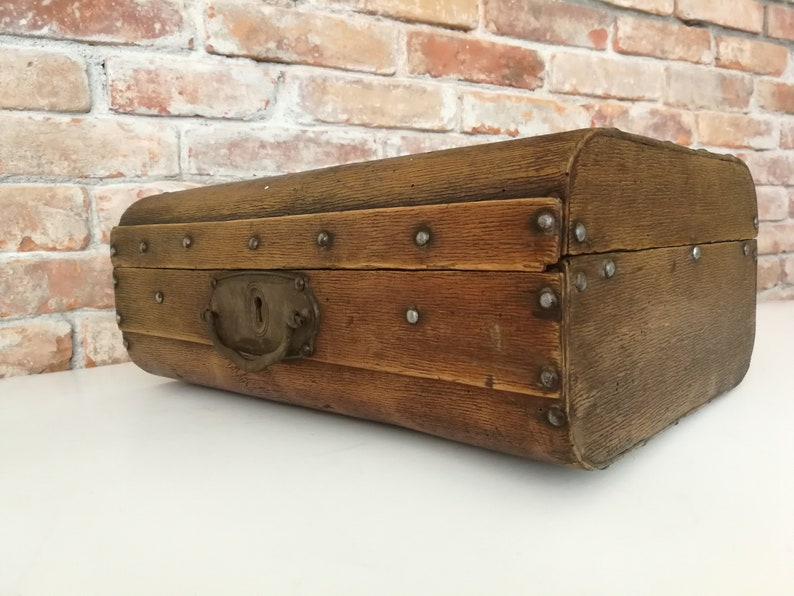 Antique wooden briefcase vintage luggage bag travel case old victoria era steampunk 19th century box decor photography primitive vampir rare
