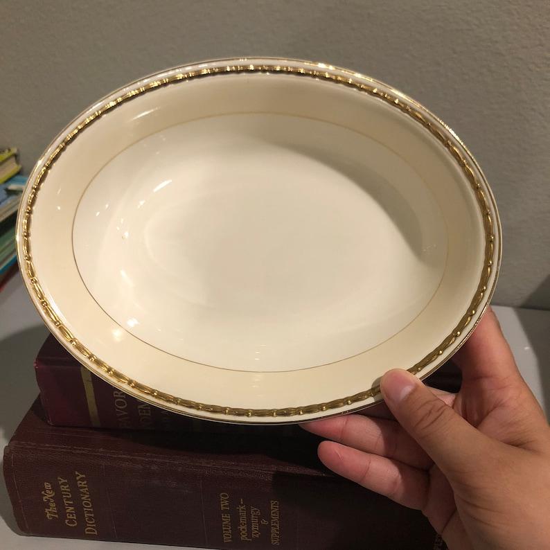 Vintage Homer Laughlin Viceroy Oval Vegetable Bowl Eggshell Georgian Ivory Rim Gold Verge 1942