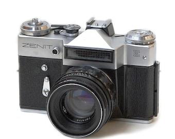 Zenit-E Russian Vintage camera + Helios 44-2 58mm F2 Lens IN BOX
