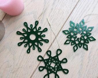 Décorations de Noël ou de sapin en forme de flocons géométriques en PMMA (Plexiglas) vert translucide découpé - Lot de 3