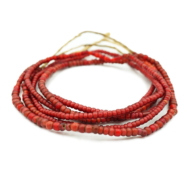 Tonal Red Venetian Antique White Heart Ghana Glass Beads White heart 1300P112 1 Strand Antique African Trade Beads  Cornaline 4-5mm