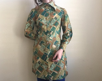 Vintage 70's / psychedelic / geometric / long sleeve / button up dress / small