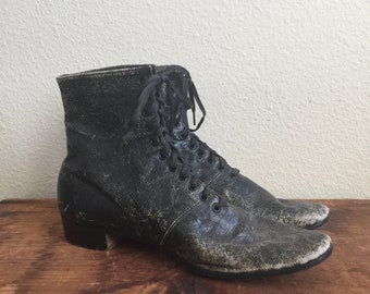 Antique early 1900 black leather lace up boots - Grover soft shoes for tender feet