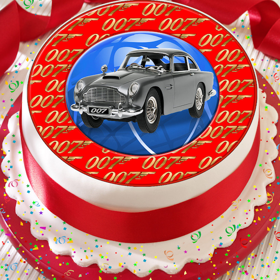 JAMES BOND 007 CASINO PERSONALISED 7.5 INCH PRECUT EDIBLE CAKE TOPPER DECORATION