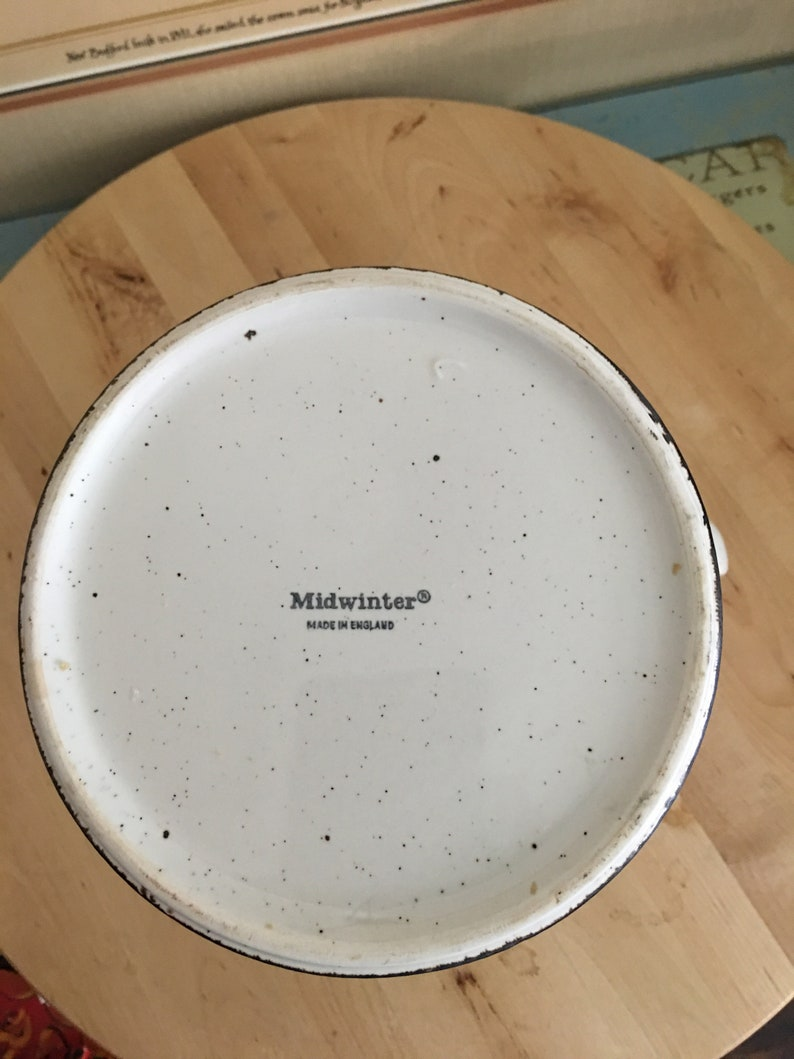 Stonehenge Midwinter Nasturtium WR Teapot Unlidded 38 oz
