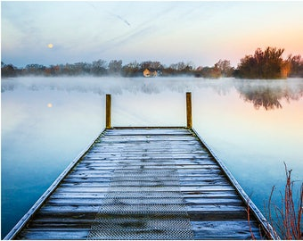 misty wintry sunrise dawn lake jetty pontoon landing stage moon winter wintry frost frosty peaceful tranquil Cotswold Water Park Wiltshire