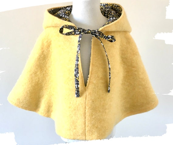 Wool poncho Baby poncho Newborn girl outfit