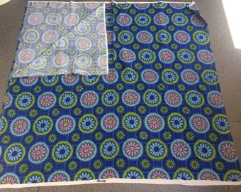 New unused vintage 1970s Ranelagh daisy print blue fabric 241 x 114 cm