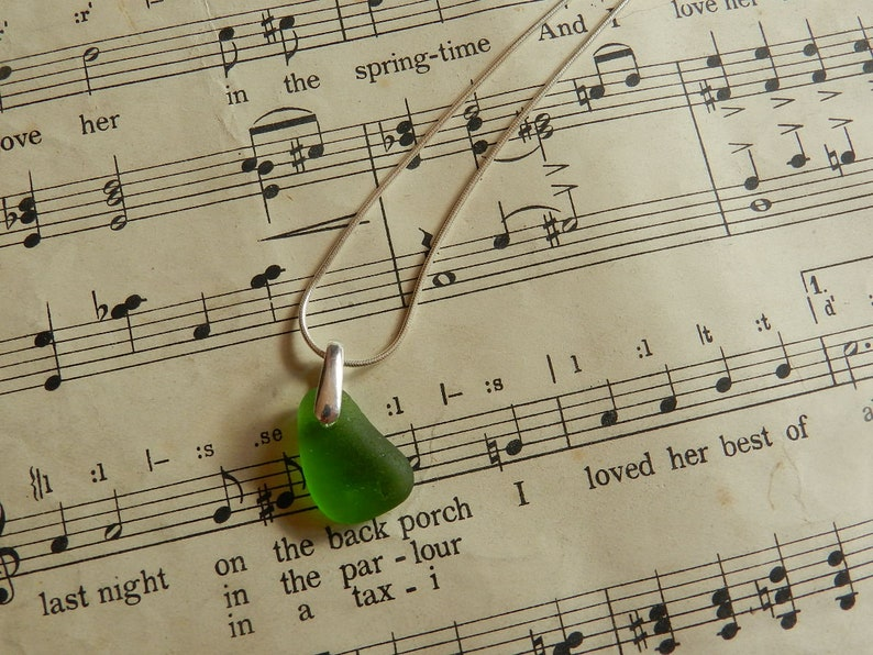 Kelly Green Seaham English Beach Sea Glass Pendant Sterling Silver Beach Jewellery Gift for Her