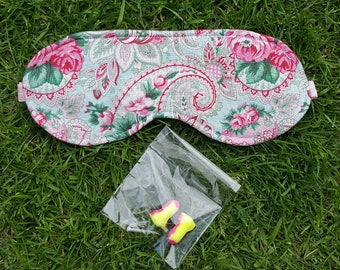 Adjustable EYE MASK with earplugs. Sleep mask. Using Recycled wool. Festival Survival Kit. Summer camping. Pink Floral.