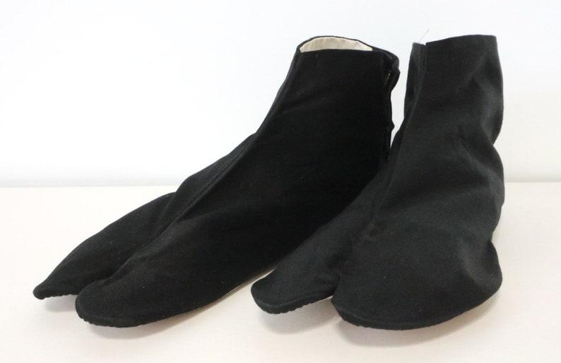 2 Pairs Tabi Socks Japanese Women Ladies Ninja Sandal 2-Toe Ankle Sock Geisha