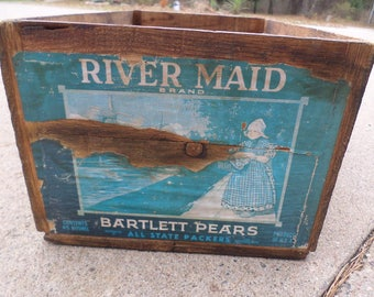 Vintage Wooden Box Crate River Maid Brand Bartlett Pears distributed by All State Packers Produce of U.S.A.