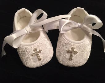 Lace baby shoes | Etsy