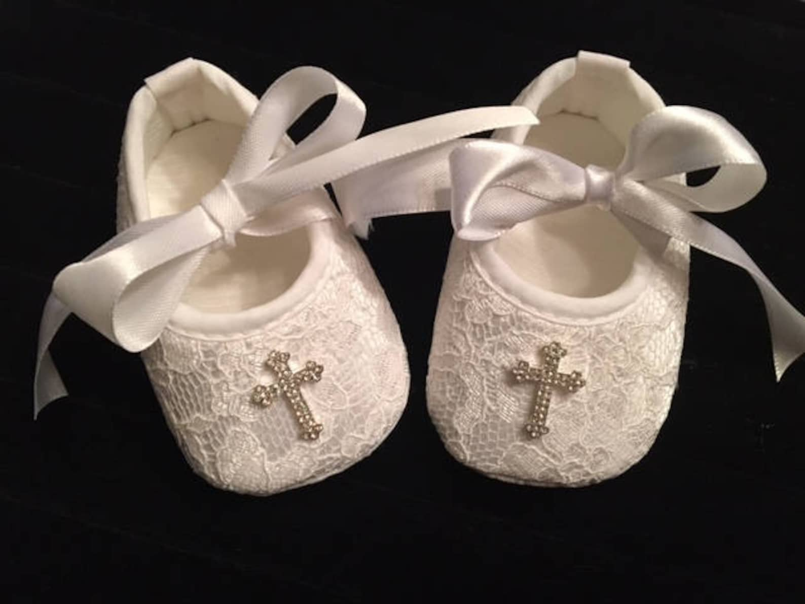 white lace baby christening shoes - baby girl baptism shoes - baby girl dedication christmas shoes - baby ballet slippers