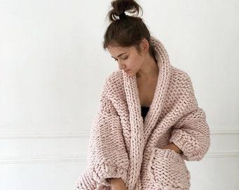 c5b2079470d2 Chunky knit cardigan Oversized chunky cardigan Chunky knit Spring coat  Chunky wool cardigan Merino wool coat Chunky knitwear Loose knit