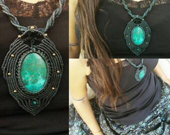 Dark green collar with Chrysocolla