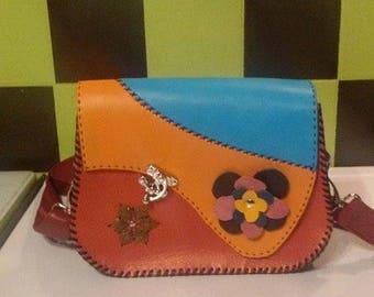 A genuine leather hand bag