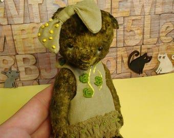 Bear Teddy Viola