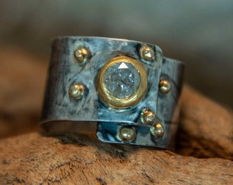 Ring in silver with gold and diamond