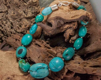 Turquoise necklace with elements in 925 silver