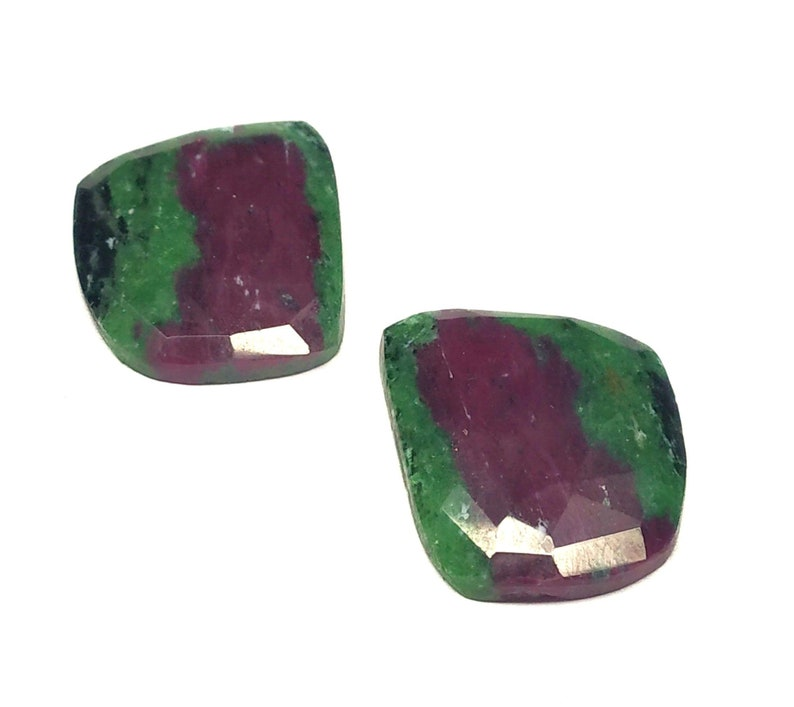 Gorgeous Ruby Zoisite Fancy Pair Cut Cabochon,Natural Ruby Designer Cabochon,Size 20x17 MM,AAA Quality,Ruby Zoisite Gemstone,Loose Cabochon.