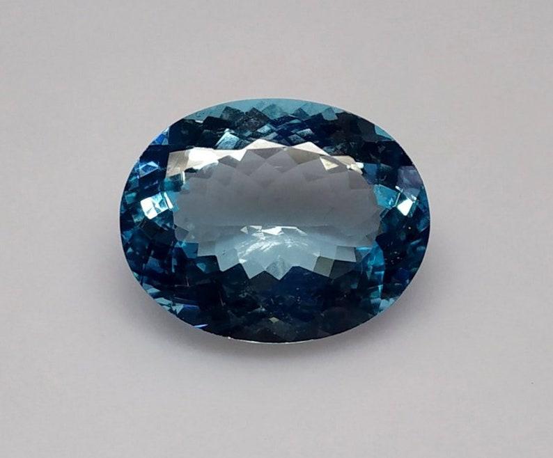 28 Cts 1 Pcs Lot Blue Topaz Oval Cut,Blue Topaz Faceted Cut Cabochon Size 22x18  MM Blue Topaz Faceted Stone,Blue Topaz Loose Gemstone.