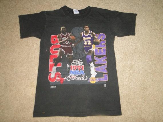 Vintage t shirt michael jordan vs magic johnson NB