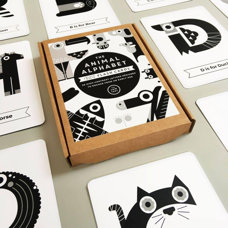 Flash Cards: Black and White Alphabet