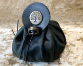 Dice Bag Dungeons and Dragons Dark Green Leather Regular - DnD Dicebag Coin Pouch LARP Bag Dungeon Gifts RPG Gift Props