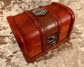 Chest dice box D20 DnD Dice Box for Dungeons and Dragons - Small Chest