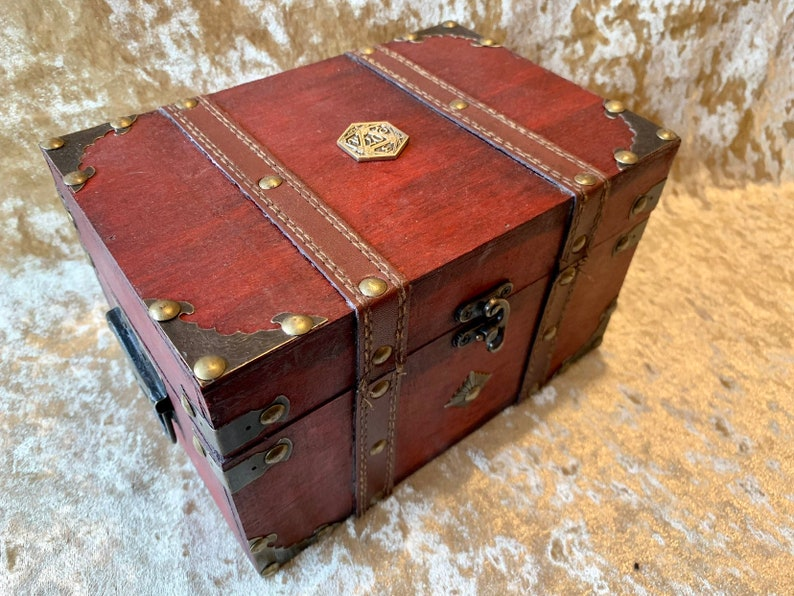 Chest Dungeons and Dragons Chest with metal D20 Crit Coin image 0