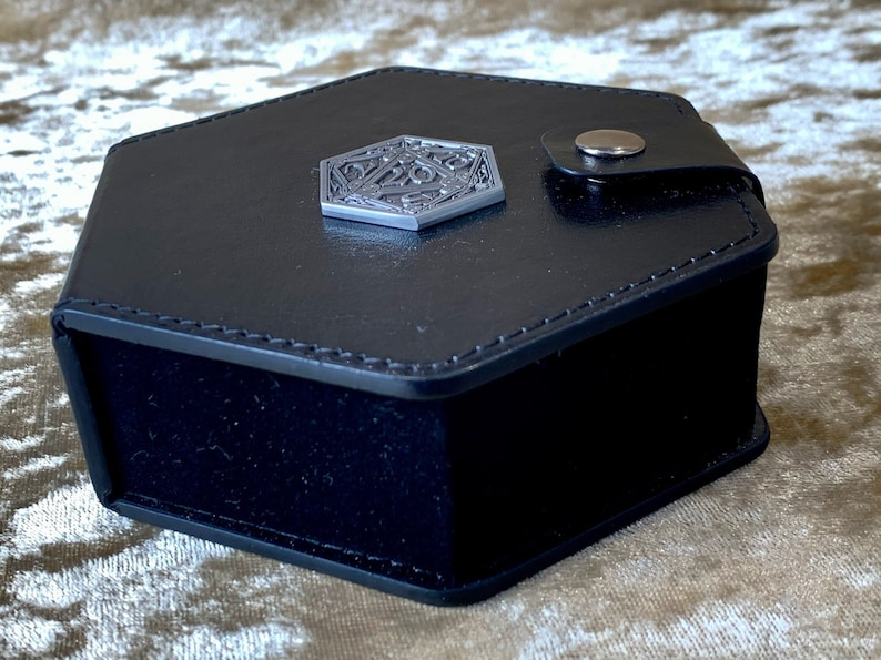 Dungeons and Dragons hexagonal Dice box vault for DnD Dice image 0