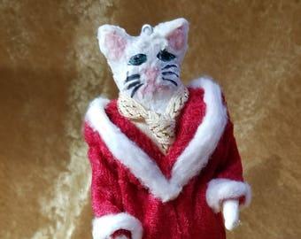 Santa Claws Cotton Batting White Cat Christmas Ornament Decoration