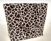 Giraffe Print Beach Bag or Tote Bag with Pocket