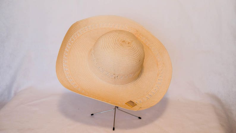 840b8318024ac Vintage WalMart Pink Wide Brim Sun Hat with Lace Detail