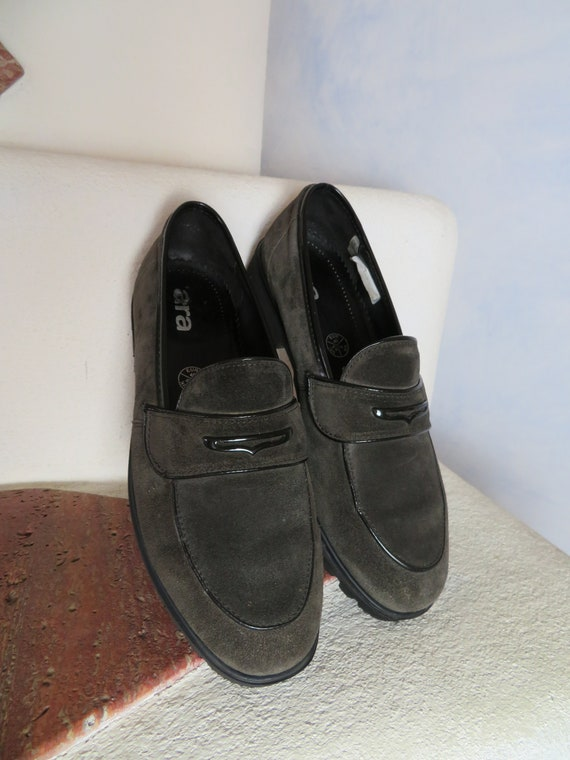 Chunky Grey Suede Plateau Loafers ARA Vintage Slipper College Leather Slip Ons Profile Sole Leather Flats Eu 40 Uk 6.5 Us 8.5 Suede Shoe