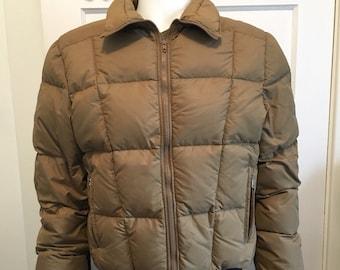 2c92c74872 Vintage Black Bear Down Jacket Retro Ski Coat Brown Size Medium Black Bear  Manufacturing Seattle Washington