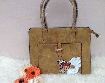 Handbag (butterfly on a daisy)