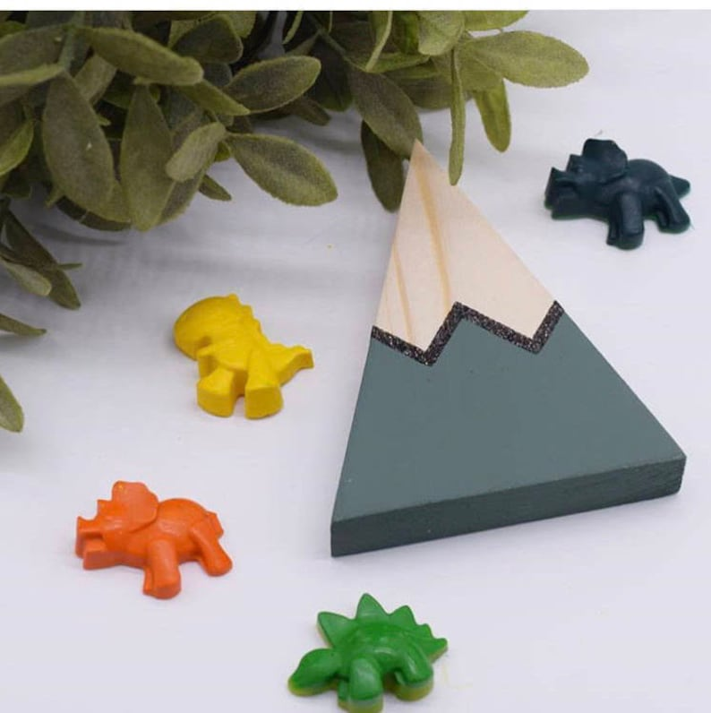 29047ef464366 Dinosaur Crayons 6 pack / Party Favour / Stocking Filler / Children's Gift
