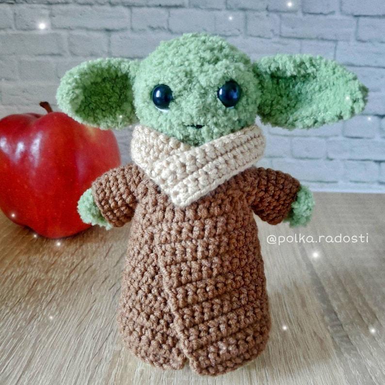 Amigurumi baby Yoda crochet toy Mandalorian Star Wars