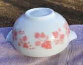 Vintage Pyrex Gooseberry Cinderella Bowl Pink on White 443 2-1 2 quart